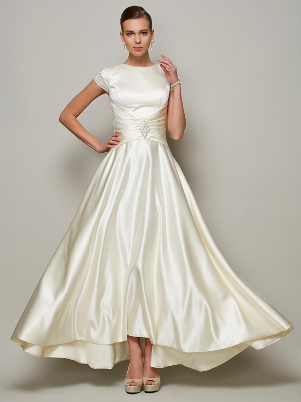 Chicregina A-Line Scoop Short Sleeves Satin Mother Of The Bride Dress With Beading