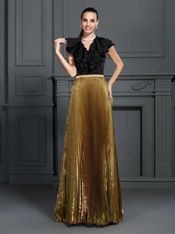 Chicregina A-Line/Princess V-neck Floor-Length Tulle Dress with Lace Pleats