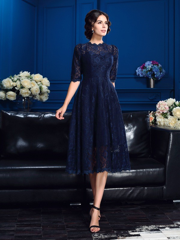 Chicregina A-Line/Princess Jewel 1/2 Sleeves Knee-Length Lace Mother Of The Bride Dress with Rhinestone