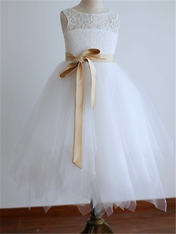 Chicregina Long A-Line/Princess Scoop Sleeveless Sash Flower Girl Dress with Tulle