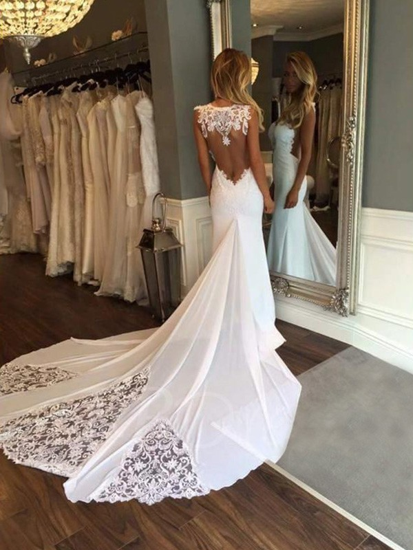 Trumpet/Mermaid Sleeveless Sweetheart Lace Cathedral Train Wedding Dresses With Applique