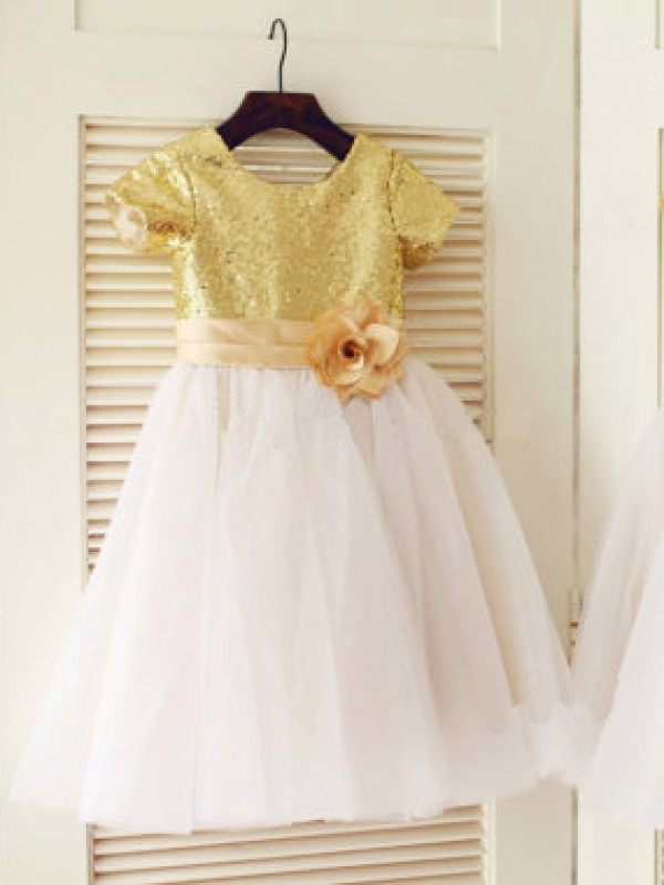 Chicregina Long A-Line/Princess Scoop Short Sleeves Sequin Communion Dress with Tulle