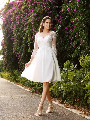 Chicregina A-Line V-neck Chiffon 3/4 Sleeves Knee-length Lace Wedding Dress With Beading