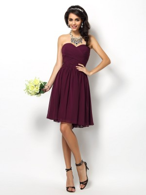 Chicregina A-Line/Princess Sweetheart Short Chiffon Bridesmaid Dress With Embroidery Pleats