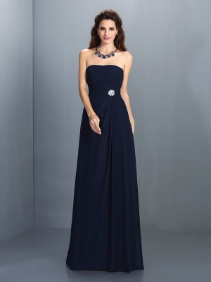 Chicregina A-Line/Princess Strapless Floor-Length Chiffon Prom Dress with Rhinestone