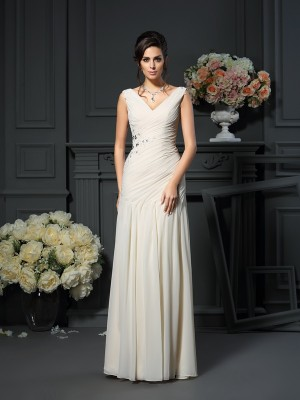 Chicregina Sheath/Column Chiffon V-neck Floor-Length Dress with Beading Applique