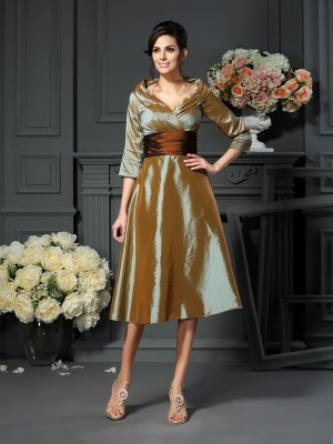 Chicregina A-Line/Princess 3/4 Sleeves V-neck Taffeta Tea-Length Mother Of The Bride Dress with Ruched