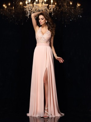 Chicregina A-Line/Princess Halter Sweep/Brush Train Chiffon Dress with Lace