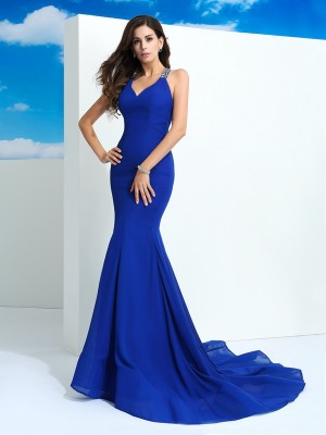Chicregina Sheath/Column Straps Court Train Chiffon Dress with Lace Beading