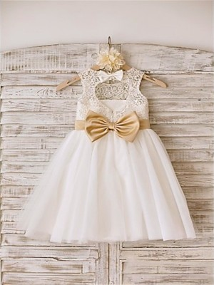 Chicregina Long A-Line/Princess Sleeveless Bowknot Scoop Flower Girl Dress with Tulle
