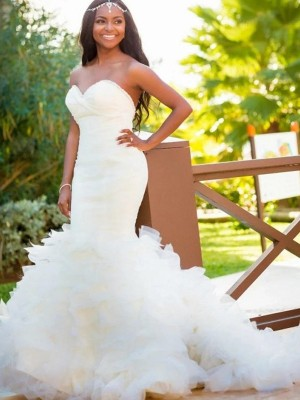 Trumpet/Mermaid Sweetheart Organza Sleeveless Court Train Wedding Dresses