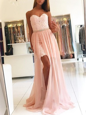 A-Line/Princess Sweetheart Sleeveless Sweep/Brush Train Lace Tulle Dresses