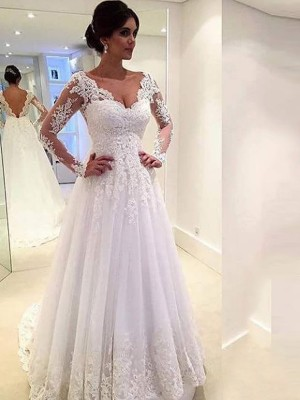 Ball Gown V-neck Long Sleeves Sweep/Brush Train Tulle Wedding Dress With Lace