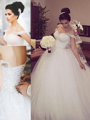 Ball Gown Off-the-Shoulder Sleeveless Court Train Tulle Wedding Dress With Lace