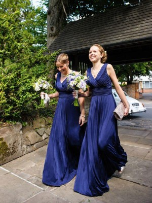 Royal Blue A-Line/Princess Pleats Chiffon Long Bridesmaid Dress With V-neck