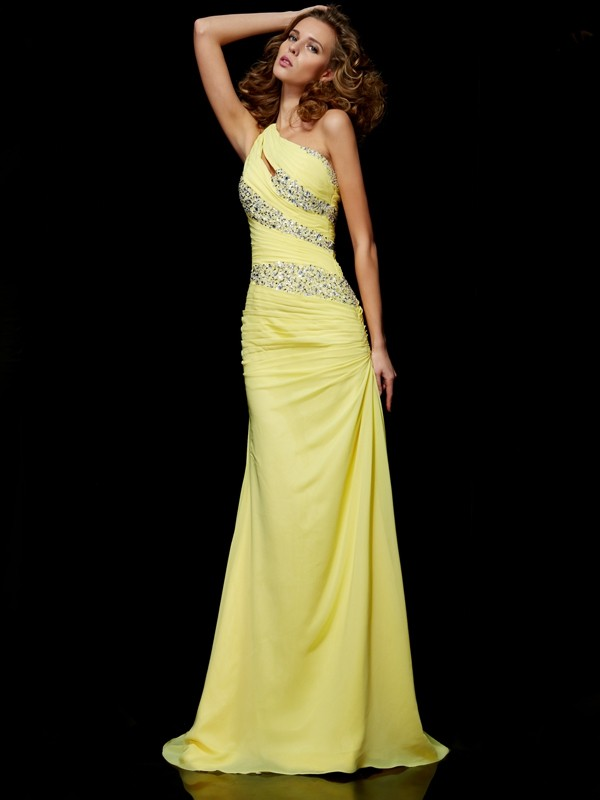 Chicregina Sheath One-shoulder Sweep Train Chiffon Dress With Beading