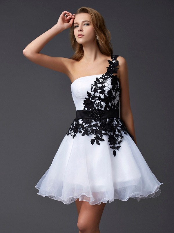 Chicregina A-Line One-Shoulder Mini Organza Dress With Beading
