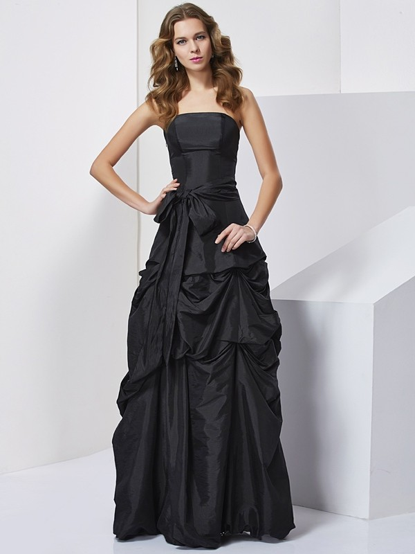 Chicregina Sheath Strapless Taffeta Long Dress With Beading