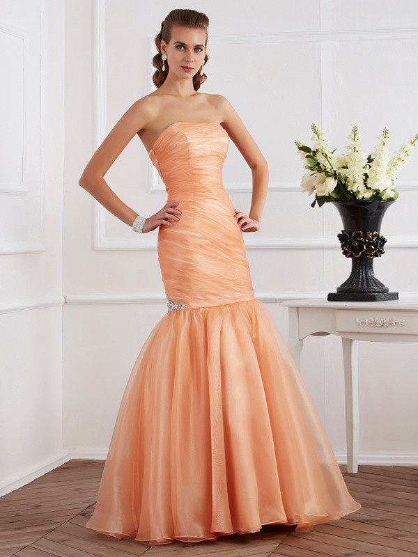 Chicregina Mermaid Strapless Tulle Long Dress With Ruched