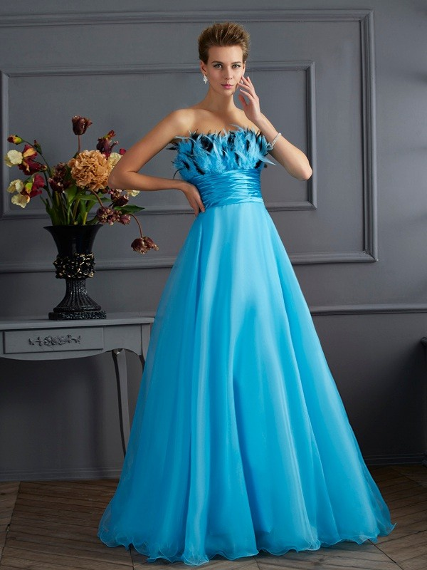 Chicregina Elegant A-Line Strapless Chiffon Long Dress With Beading