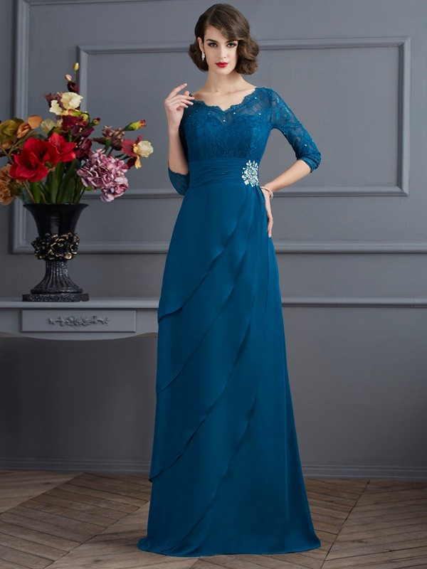 Chicregina Elegant A-Line V-neck 3/4 Sleeves Long Chiffon Dress With Beading