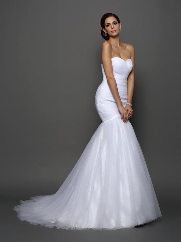 Chicregina Trumpet/Mermaid Sweetheart Net Court Train Wedding Dress with Applique Pleats