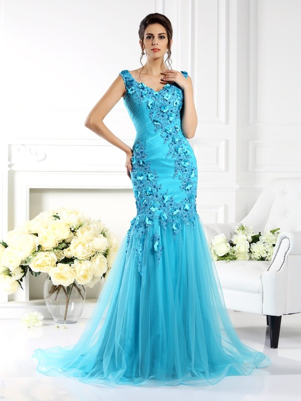 Chicregina Trumpet/Mermaid Straps Sweep/Brush Train Silk like Satin Dress with Beading Applique