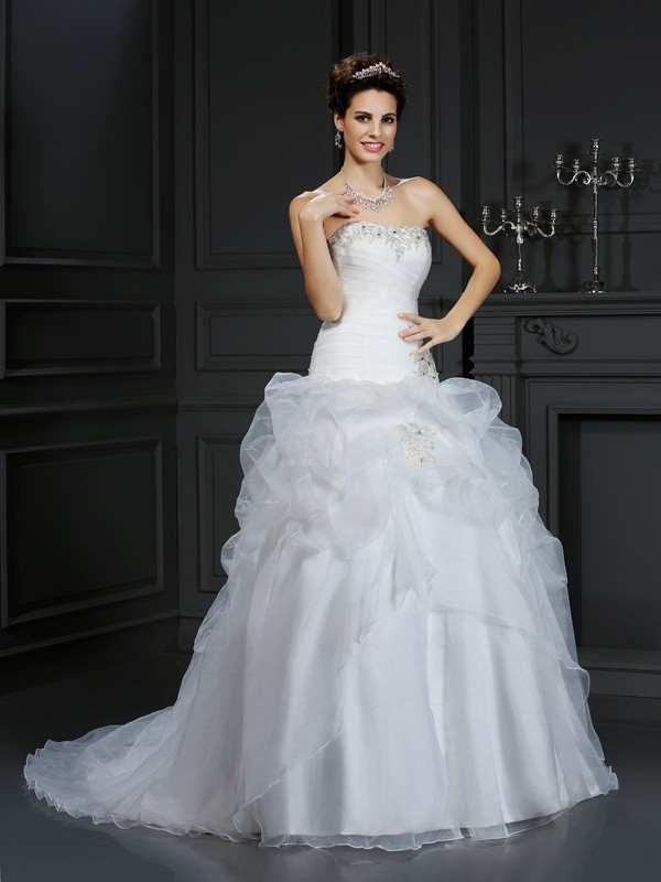 Chicregina Ball Gown Strapless Court Train Organza Wedding Dress with Ruched