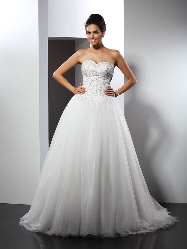 Chicregina A-Line/Princess Sweetheart Chapel Train Net Wedding Dress with Ruched Applique