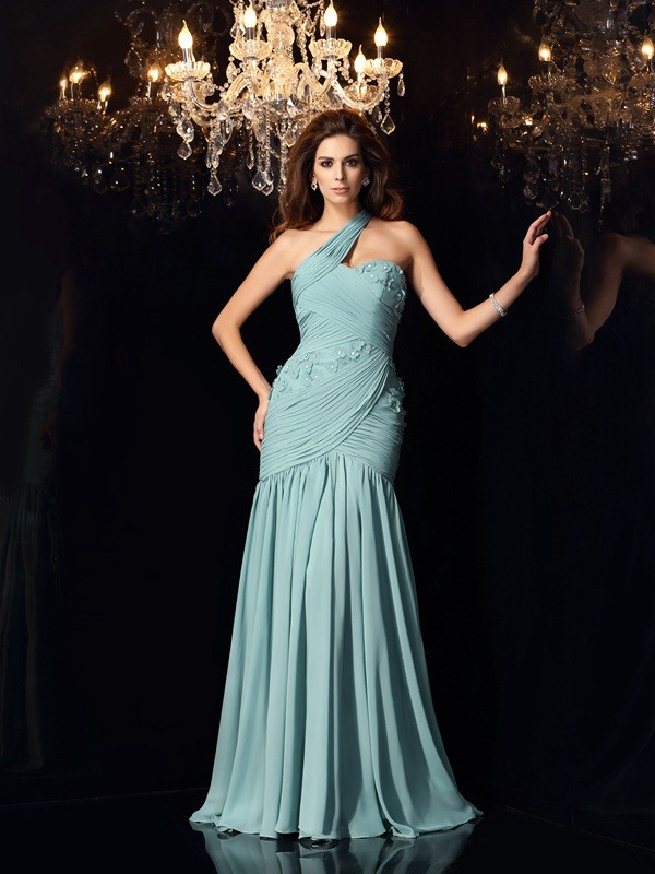 Chicregina Trumpet/Mermaid One-Shoulder Sweep/Brush Train Chiffon Dress with Beading