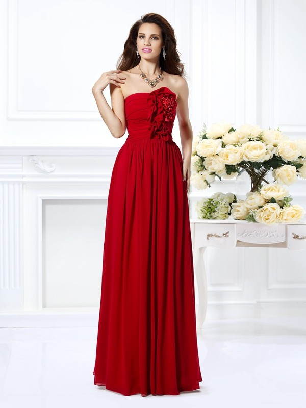 Chicregina A-Line/Princess Strapless Floor-Length Chiffon Dress with Lace Hand-Made Flower