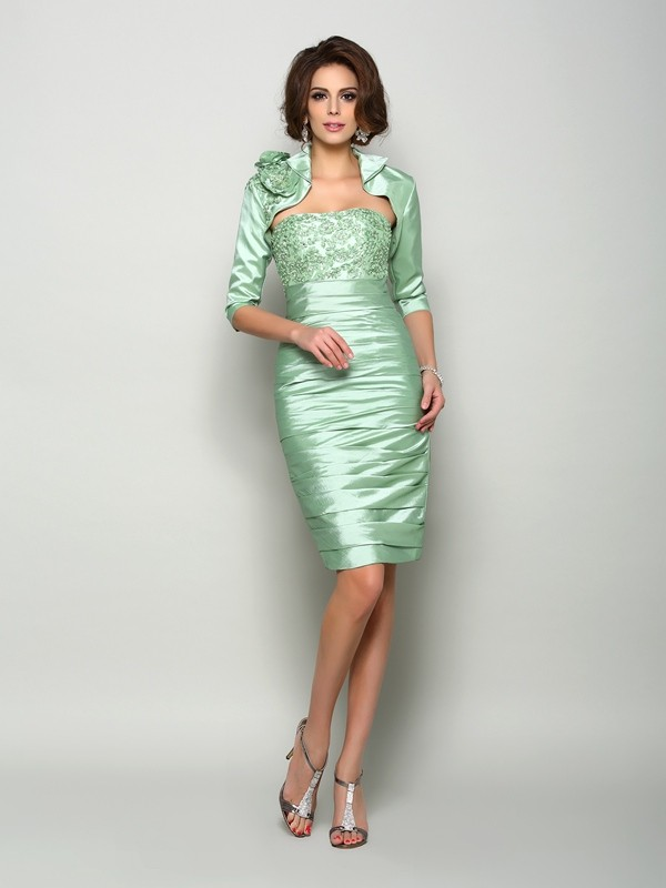 Chicregina Sheath/Column Strapless Knee-Length Taffeta Mother Of The Bride Dress with Beading