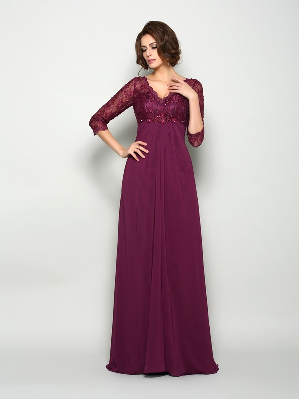Chicregina A-Line/Princess 3/4 Sleeves V-neck Sweep/Brush Train Chiffon Mother Of The Bride Dress with Rhinestone