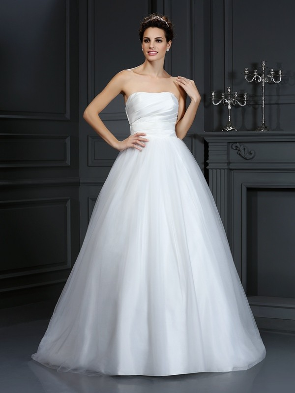 Chicregina Ball Gown Strapless Court Train Taffeta Wedding Dress with Lace Pleats