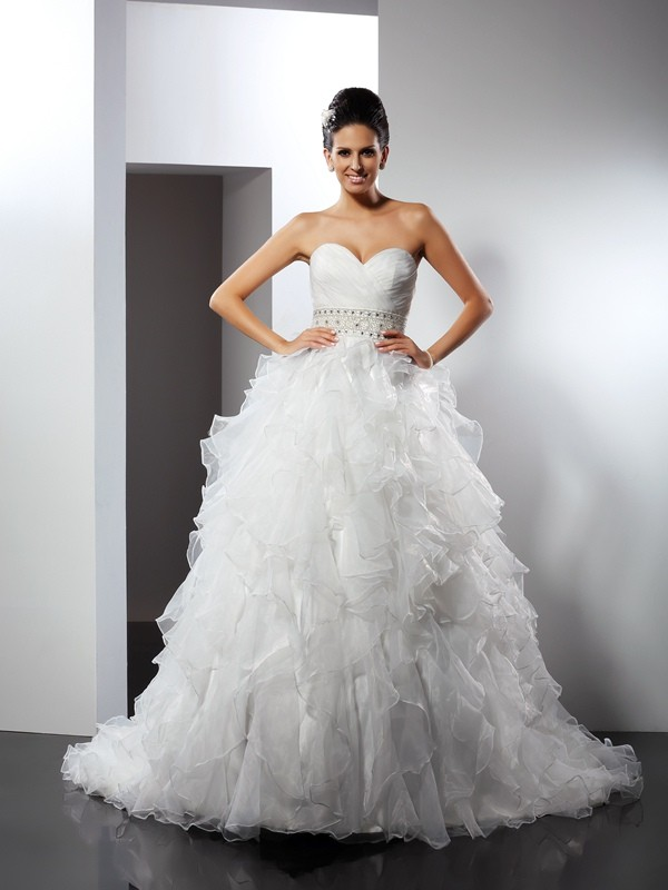 Chicregina Ball Gown Sweetheart Chapel Train Organza Wedding Dress with Beading Ruffles