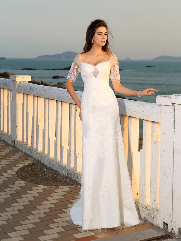 Chicregina Sheath/Column Sweetheart Floor-Length Short Sleeves Satin Wedding Dress with Lace