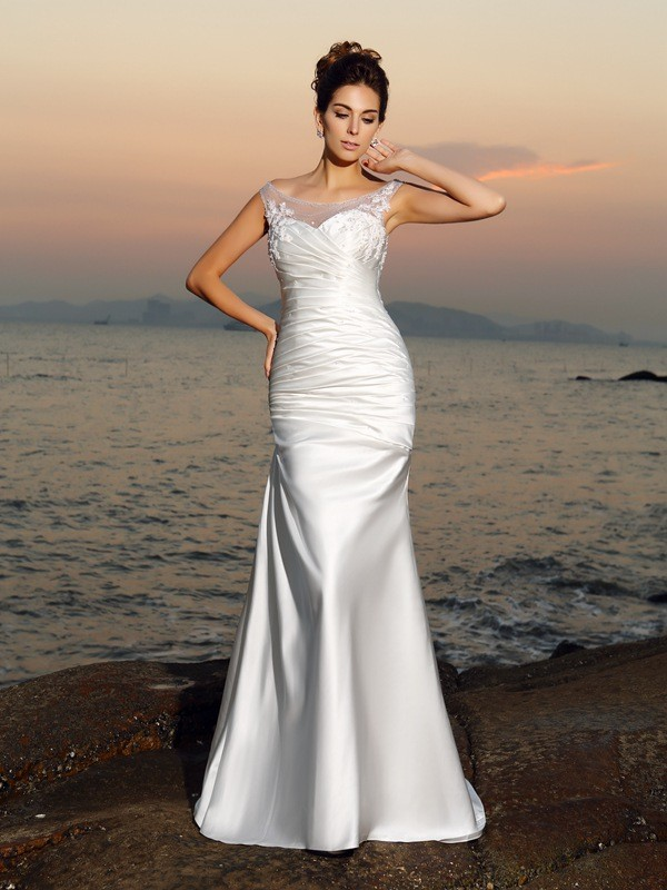 Chicregina Trumpet/Mermaid Scoop Satin Sweep/Brush Train Wedding Dress with Applique Beading
