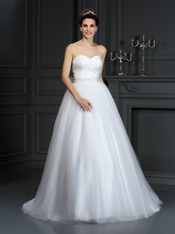 Chicregina Ball Gown Sweetheart Court Train Net Wedding Dress with Rhinestone