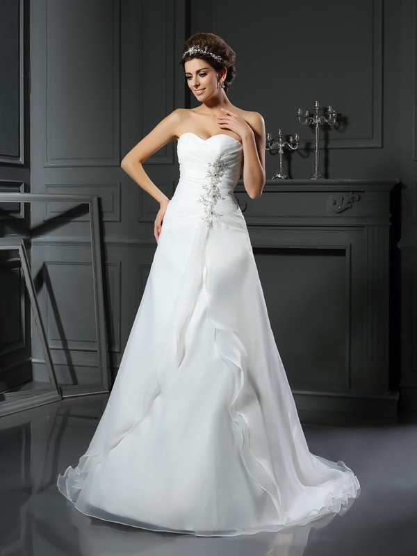 Chicregina A-Line/Princess Sweetheart Chapel Train Satin Wedding Dress with Ruched