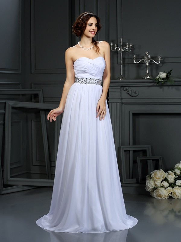 Chicregina A-Line/Princess Sweetheart Chiffon Court Train Wedding Dress with Lace Beading