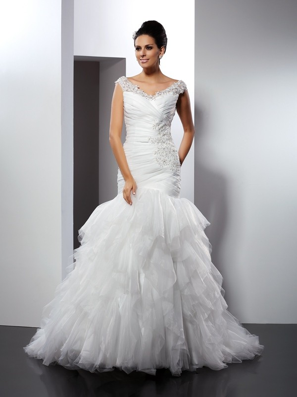 Chicregina Trumpet/Mermaid V-neck Cathedral Train Tulle Wedding Dress with Pleats