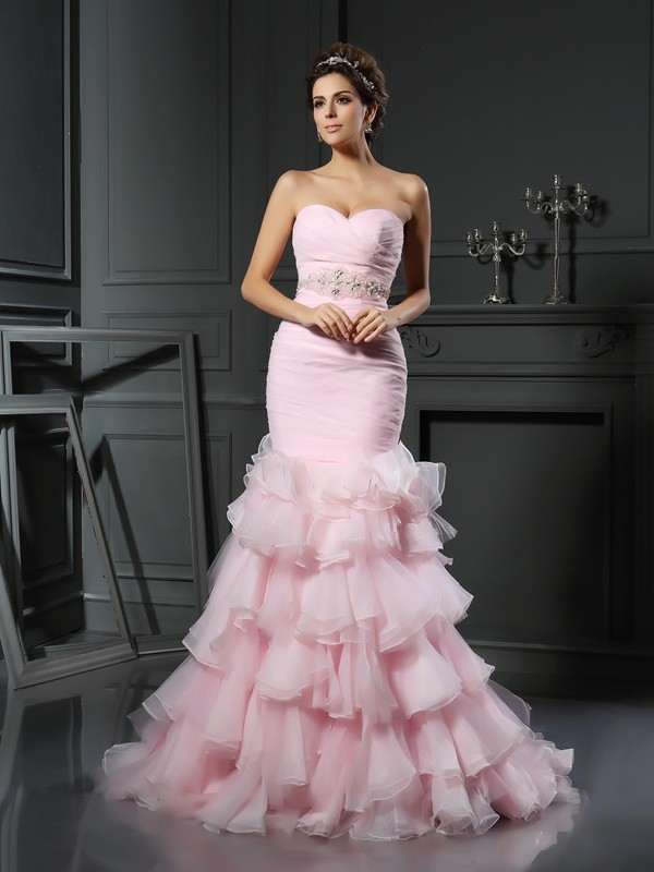 Chicregina Trumpet/Mermaid Sweetheart Organza Chapel Train Wedding Gown with Ruched Beading