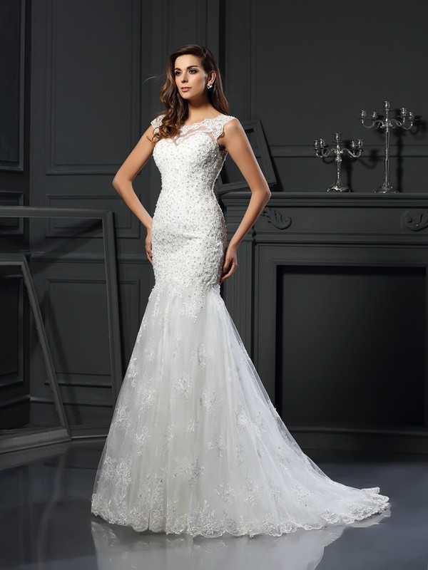 Chicregina Trumpet/Mermaid Scoop Short Sleeves Tulle Chapel Train Wedding Dress with Ruffles Applique