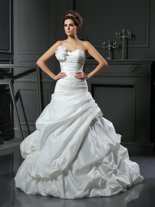 Chicregina Ball Gown Satin Sweetheart Cathedral Train Hand-Made Flower Wedding Dress with Pleats