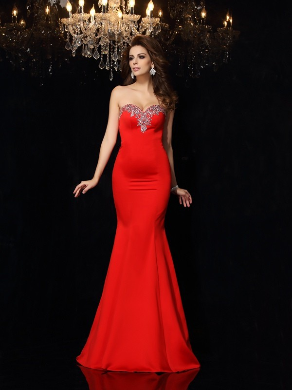 Chicregina Sheath/Column Sweetheart Satin Court Train Dress with Pleats Beading