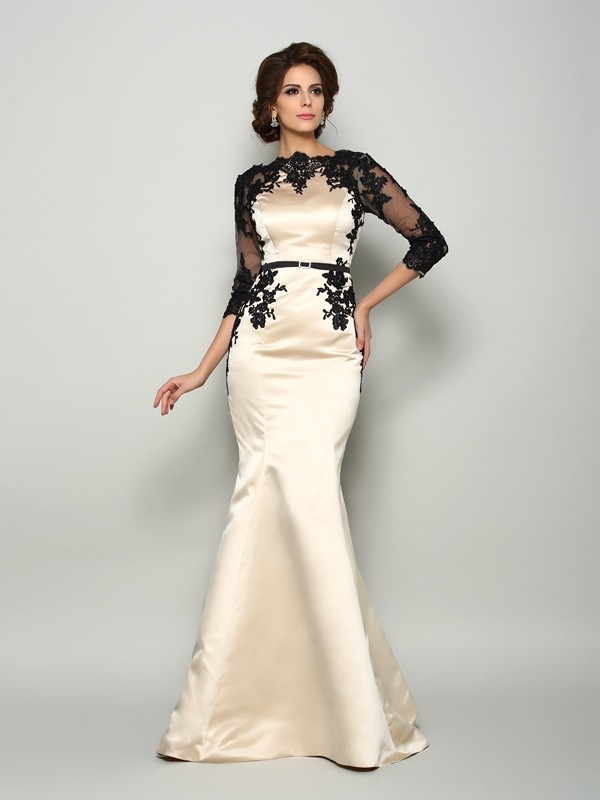 Chicregina Trumpet/Mermaid Bateau 1/2 Sleeves Satin Lace Court Train Dress with Ruched