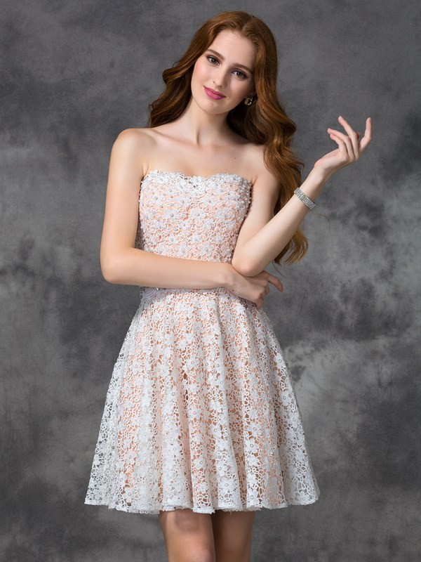 Chicregina A-line/Princess Sweetheart Lace Short Cocktail Dress with Sash