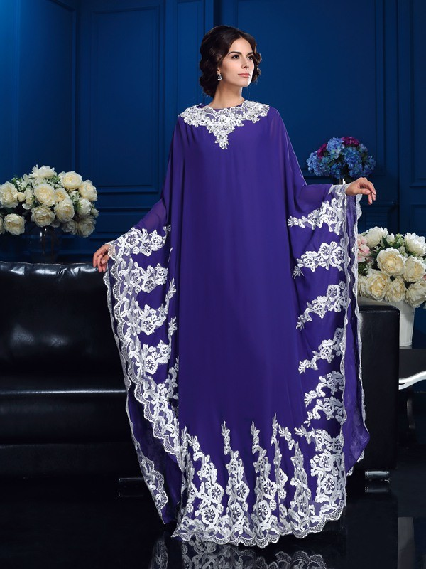 Chicregina Long A-Line/Princess Scoop Long Sleeves Chiffon Mother Of The Bride Dress with Ruched Applique