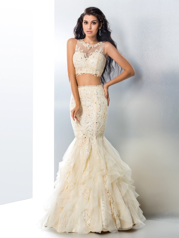Chicregina Trumpet/Mermaid Sheer Neck Tulle Floor-Length Dress with Embroidery Beading
