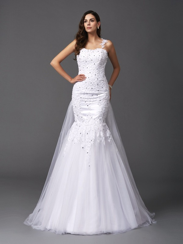 Chicregina Trumpet/Mermaid Straps Sweep/Brush Train Wedding Dress with Lace Net